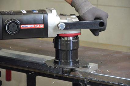 BM-18 Снятие фаски с алюминиевых заготовок