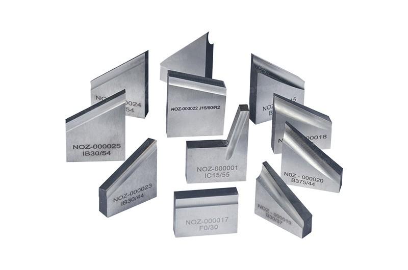 PRO-10 PB имеет специальные резцы для обработки твердых сплавов и нержавеющей стали